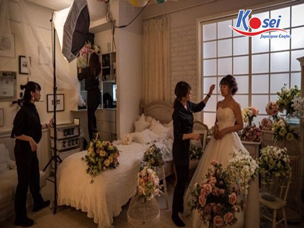 Có thể bạn chưa biết - Phụ nữ Nhật hiện đại tự kết hôn với chính mình