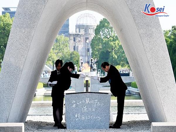 Kinh hoàng sau vụ ném bom nguyên tử xuống HIROSHIMA năm 1945