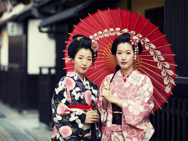 phân biệt geisha và maiko