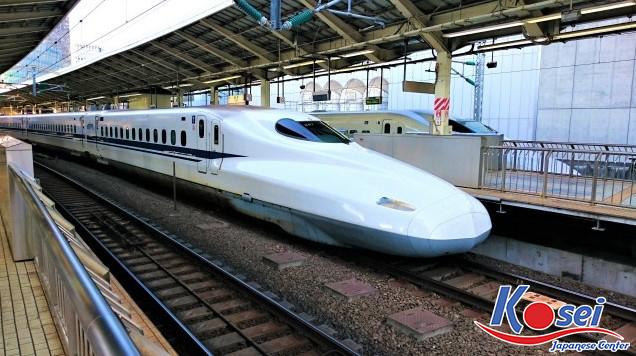 tàu shinkansen, shinkansen nhật bản, đi tàu shinkansen, tàu cao tốc shinkansen, tàu cao tốc shinkansen của nhật bản, tàu cao tốc shinkansen ở nhật bản, tàu cao tốc shinkansen nhật bản, cận cảnh tàu cao tốc shinkansen, trải nghiệm tàu cao tốc shinkansen, cách đi tàu shinkansen