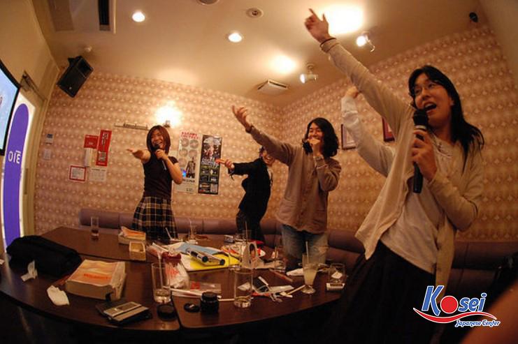 Văn hoá hát Karaoke ở Nhật Bản có gì đặc biệt?