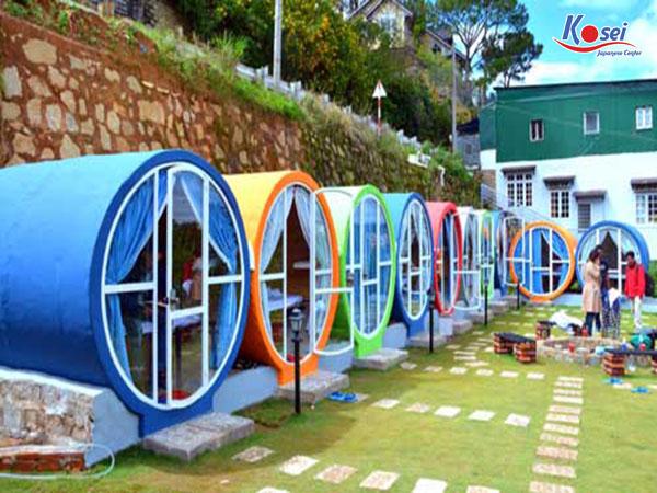 ĐỪNG bỏ lỡ trải nghiệm khách sạn CON NHỘNG hút khách ở Nhật Bản